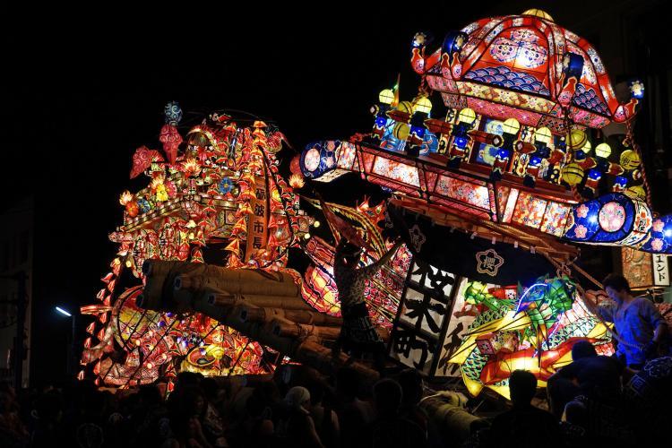 砺波夜高祭