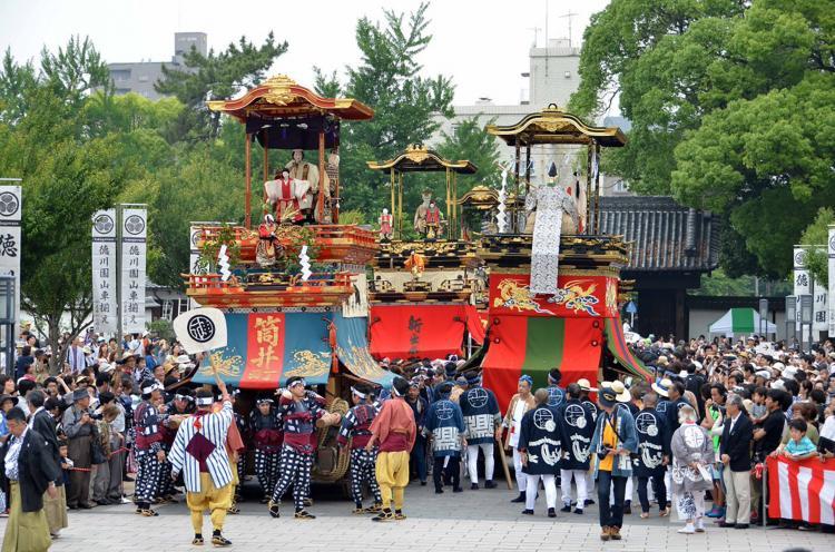 德川園山車祭