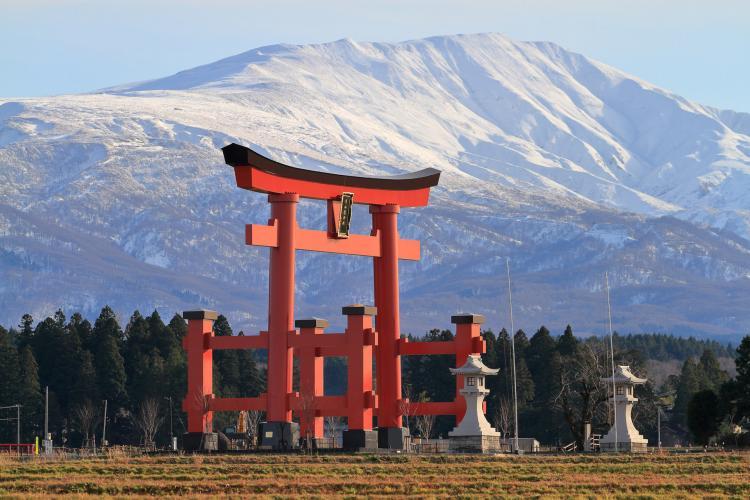 湯殿山神社(出羽三山神社)