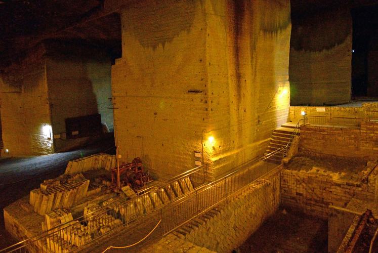 大谷石地下採掘場遺跡