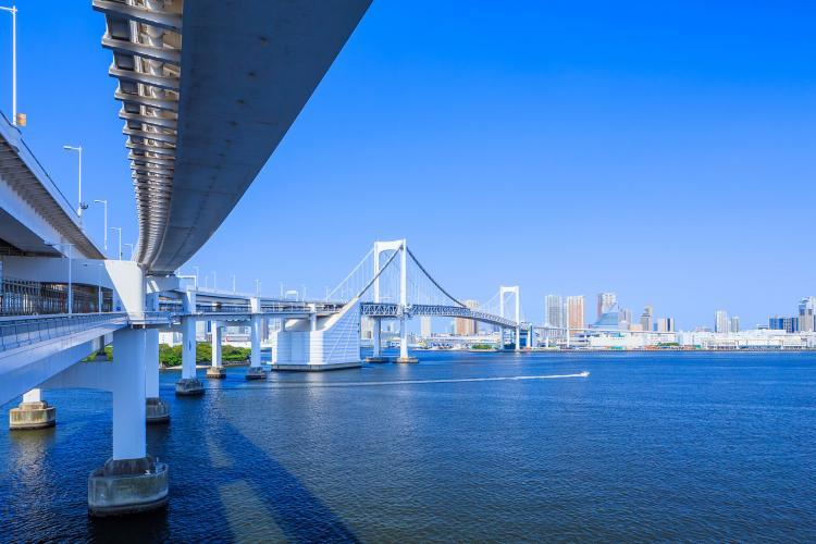 彩虹大橋(人行步道)