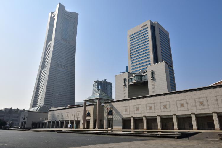 横濱美術館