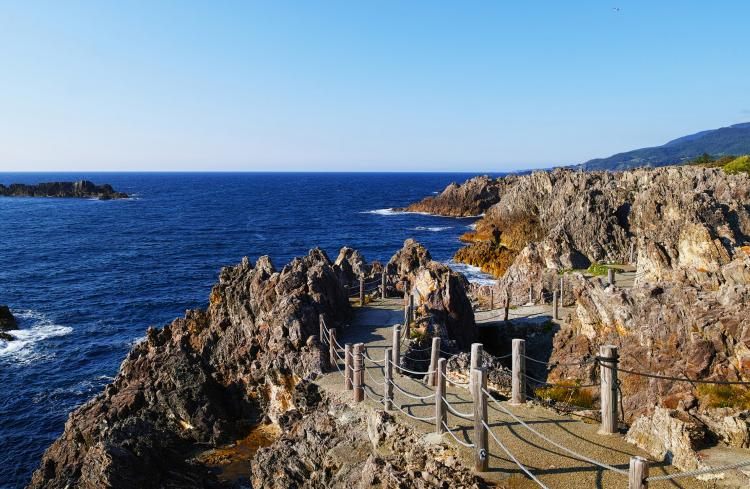 尖閣灣(佐渡島)
