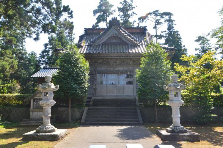 椎崎諏訪神社(佐渡島)