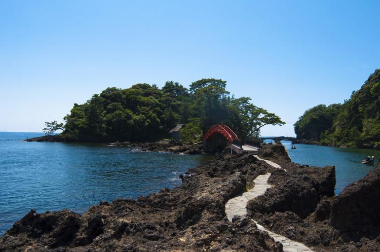 矢島・経島(佐渡島)