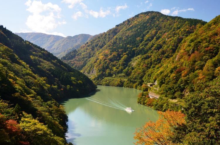 庄川遊覽船(小牧港出發)