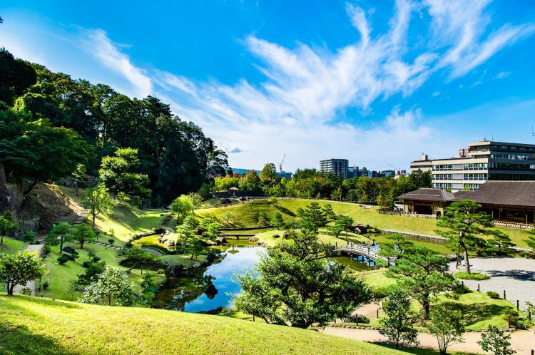 玉泉院丸庭園