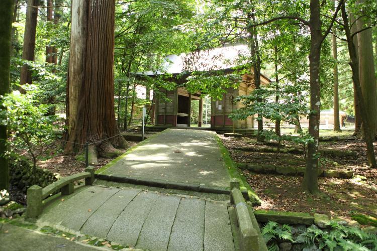 若狹彥神社