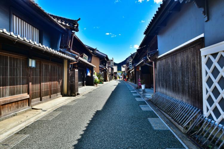 美濃町傳統建造物群保存地區(卯建的街景)