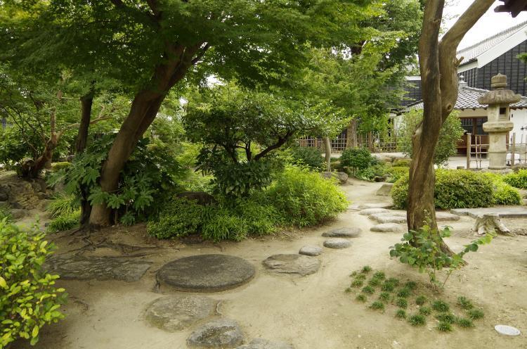 舊中埜半六邸・半六庭園