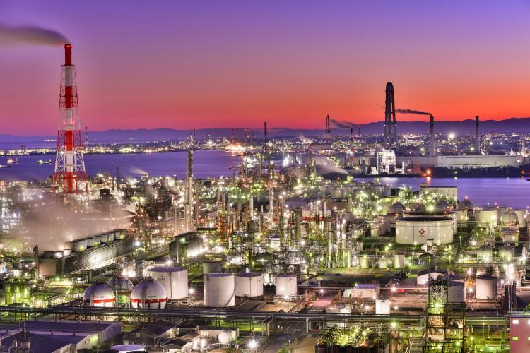四日市工場群的夜景(海洋展望台14)