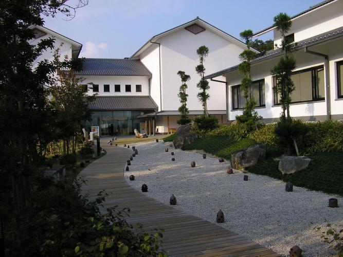 兵庫陶藝美術館