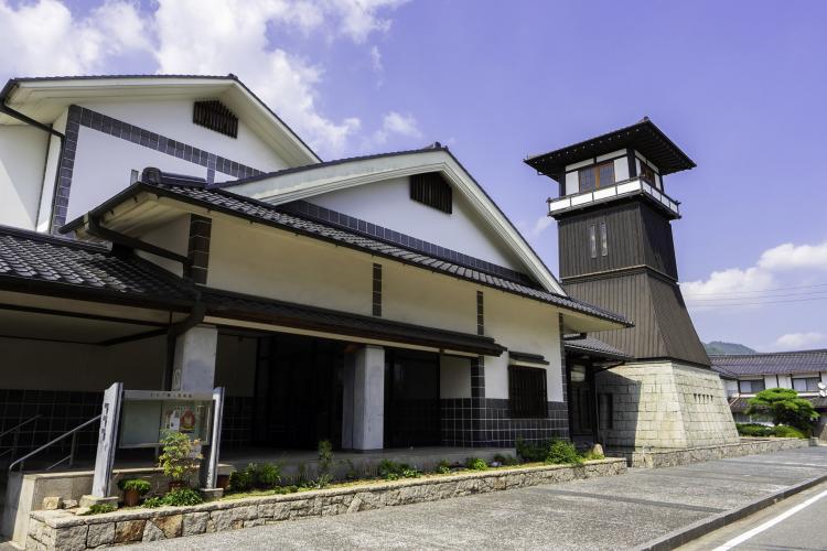 矢掛鄉土美術館