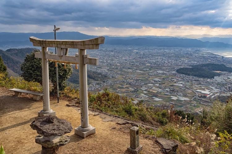 高屋神社(稻積大社)