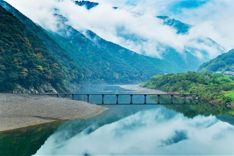 岩間沈下橋(四萬十川)
