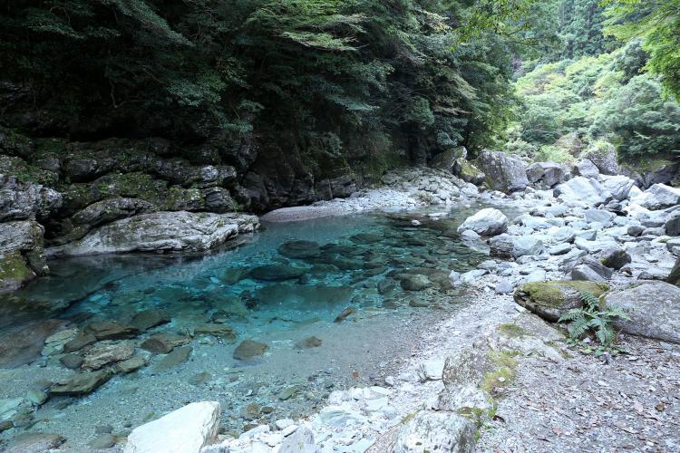 安居渓谷(仁澱川)