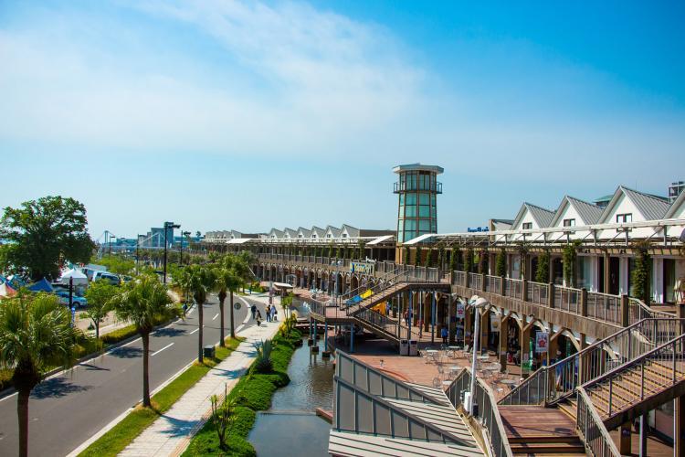 海豚灣購物中心